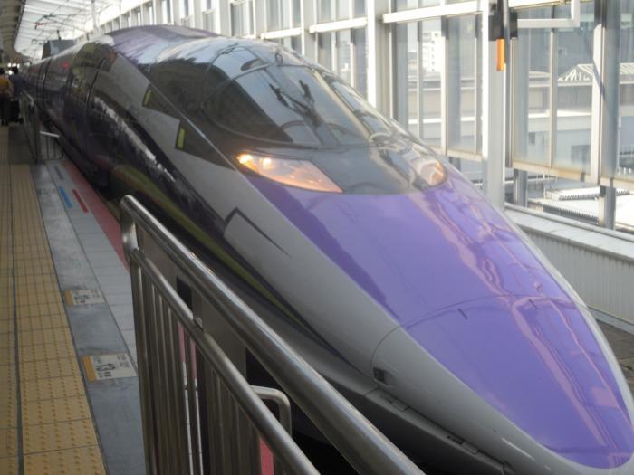 JR西日本の500系エヴァンゲリオン新幹線